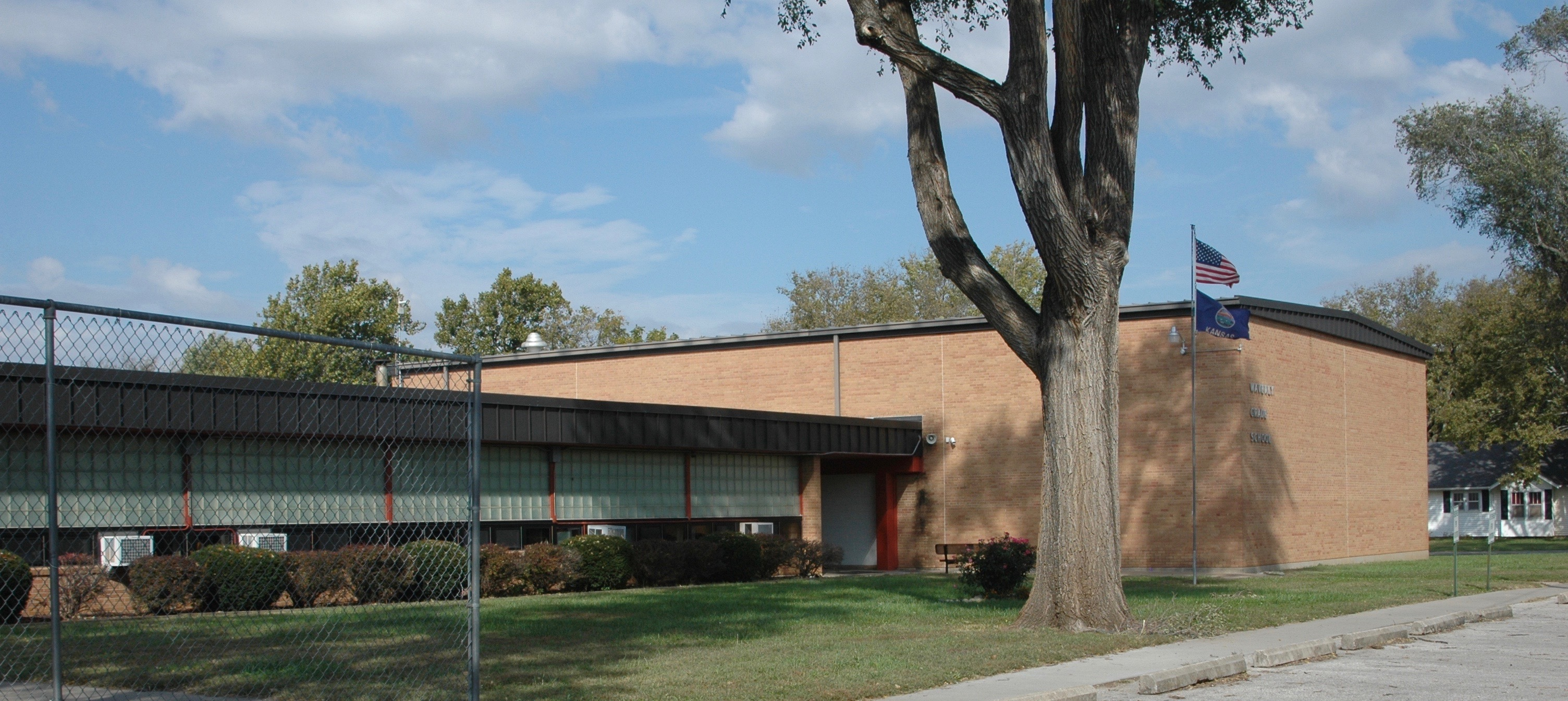 Picture of Waverly Elem. School